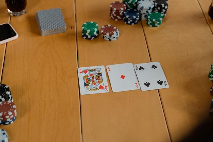3 Kesalahan Umum di Texas Hold'em